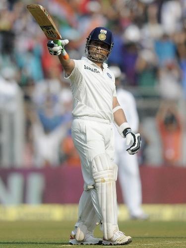 Tendulkar scores 74 in his farewell test