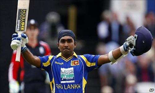 Mahela Jayawardene announces Test retirement