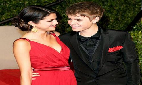 Back to romance: Justin Bieber and Selena Gomez