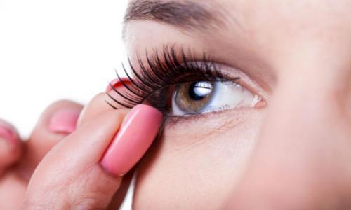 Tips before installing the eyelashes